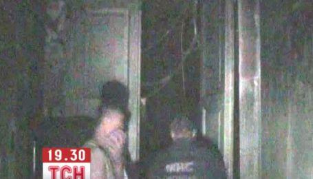 Более полусотни человек спасли пожарные из горящего дома в Харькове