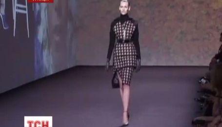 Модный дом Диор представил в Париже новую коллекцию