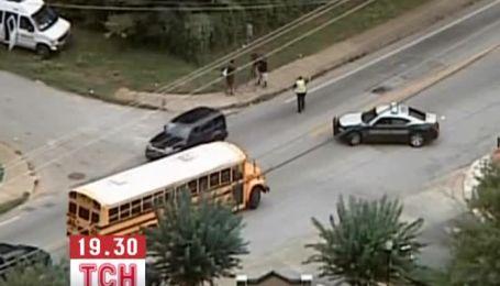 Тинейджер напал на школу в США, чтобы убивать полицейских в прямом эфире
