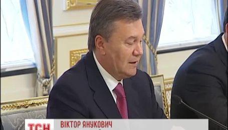 После молитвы Янукович и Путин переговорили в администрации президента