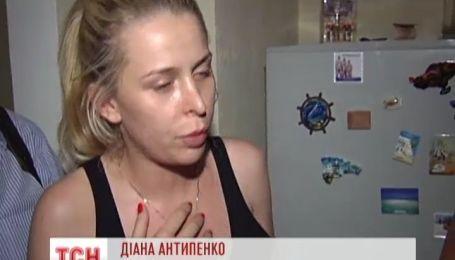 Родители заперли 28-летнюю дочь на целый месяц в квартире