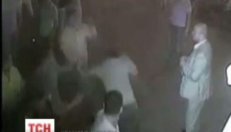 Міліціонерів, що намагались втихомирити суддю Нев'ядомського заарештували