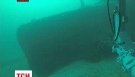"""В Черном море продолжаются работы по поднятию подлодки """"Щука-216"""""""