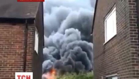 П'ятеро британських підлітків спалили школу
