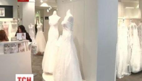 Весільні працівники США зосереджують увагу на літніх наречених