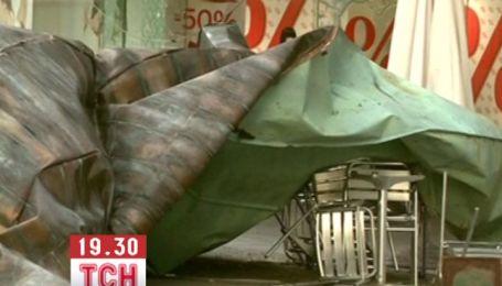 Одразу кілька країн у Центральній Європі і на Балканах постраждали від потужних буревіїв