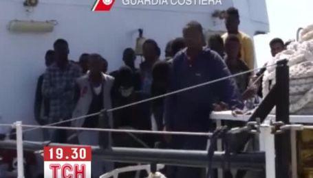 Итальянская береговая охрана за сутки спасла 350 нелегалов