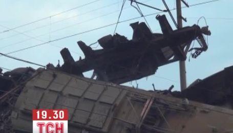 В Мариуполе произошло столкновение двух товарных поездов