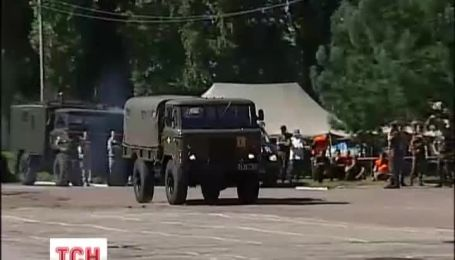 Чоловікові переламали ноги на святкуванні дня ВДВ в Житомирі