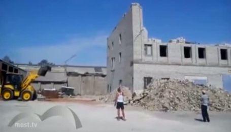 Чоловік загинув під час падіння стіни у Ліпецьку