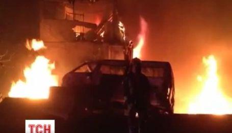 На трасі в передмісті Мехіко вибухнула цистерна з газом