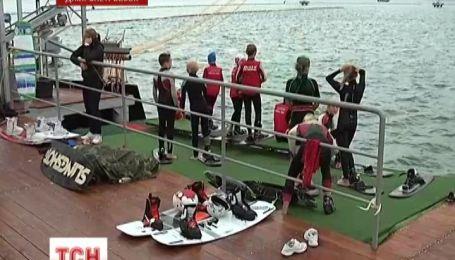 В Дніпропетровську вейкбордисти випробували воднолижну трасу