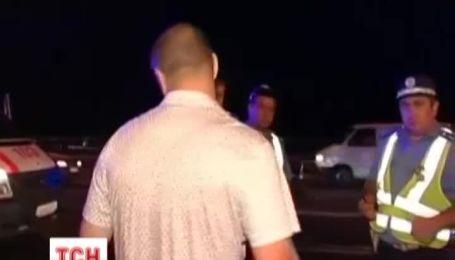 Подполковник милиции на мосту Патона сбил мужчину