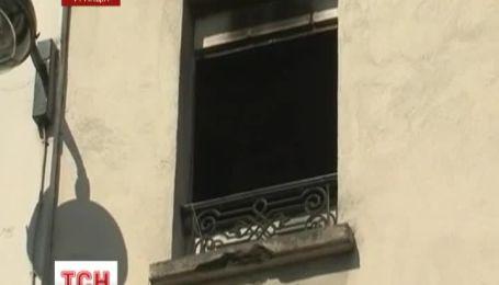 Сгорела парижская штаб-квартира движения Фемен