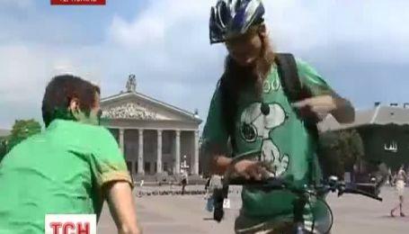 У Тернополі з'явилися листоноші на велосипедах