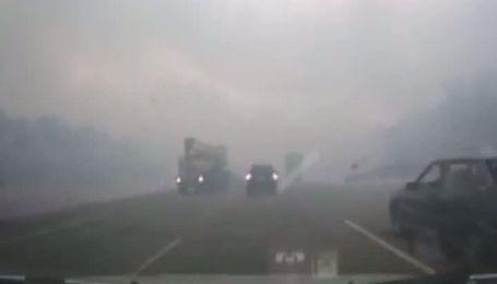 Водители сняли на видео последствия взрывов под Самарой