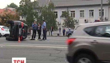 Влаштували ДТП, розбили вщент авто та зникли