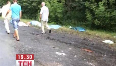 Місце аварії автобусів на Волині нагадувало фільм жахів
