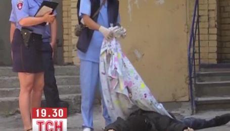 В Одессе больной человек выбросился из окна из-за невыносимой боли