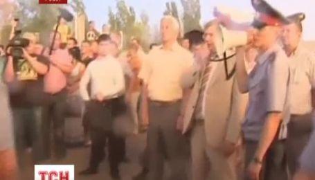 У місті Пугачов Саратовської області не вщухає стихійний бунт