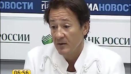Олег Меньшиков привез в Киев лучших актеров