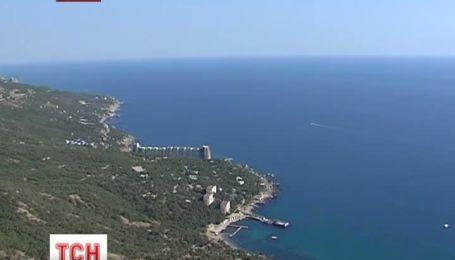 Жодних слідів 27-річної туристки досі не знайшли кримські рятувальники