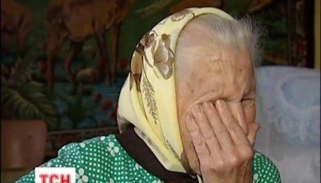 На Вінниччині бабуся може залишитись без даху над головою