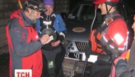 В Крыму нашли киевских туристов, которые плыли на байдарках