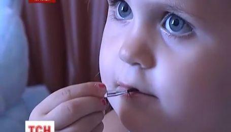 3-річна дівчинка з Черкас потребує негайної операції на серці