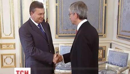 Янукович встретился с президентом Всемирного украинского конгресса