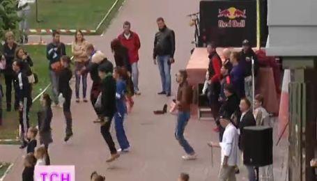 Киевляне поставили новый рекорд со скакалкой