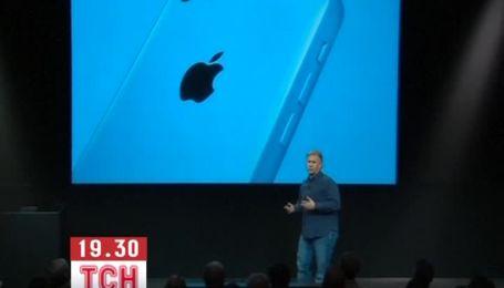 Apple представил дешевый iPhone 5С и мощный iPhone 5S