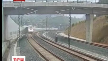 Число жертв крушения поезда в Испании уменьшилось