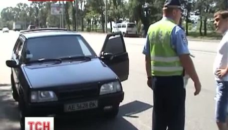 Водители используют масло и лак для волос против ГАИ