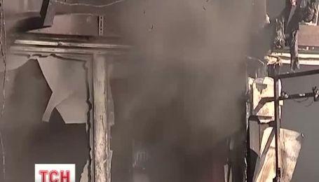 Эксперты выясняют причины пожара в Донецке