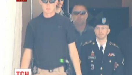 Информатора Викиликс бросили на 35 лет за решетку