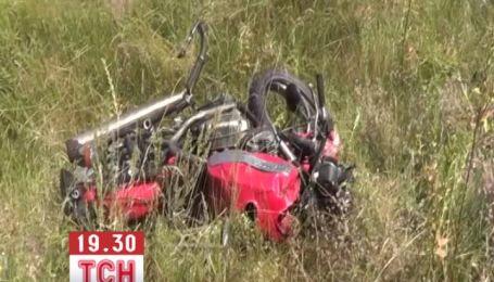 В Киевской области автобус протаранил мотоцикл