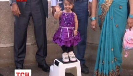 Самая маленькая в мире женщина посетила самое высокое в Америке здание