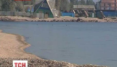 Чиновники розділили узбережжя Азовського моря між собою