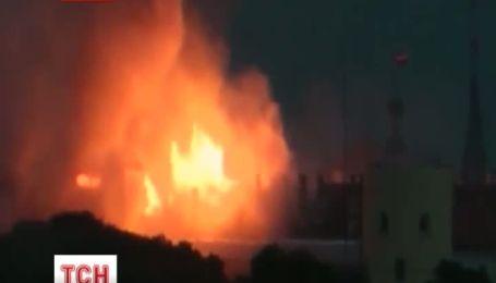 Власти Латвии выясняют причины пожара Рижского замка
