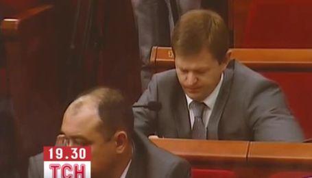 Київрада за рекордні терміни прийняла 4 постанови і 3 звернення до ВР