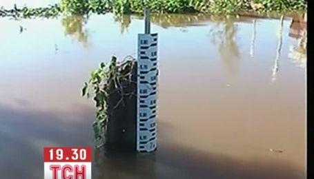 Тисячі людей втратили домівки через повінь в Аргентині