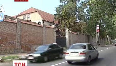 В Донецке частный вуз закрыл двери перед студентами