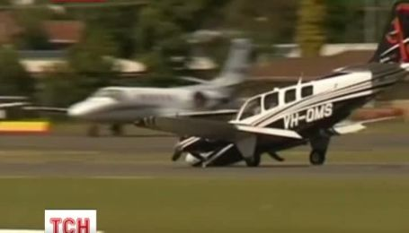 В Австралії літак здійснив приземлення без носового шасі