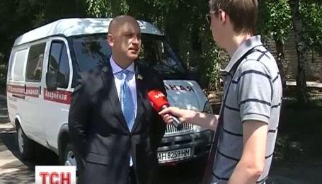 На замках и даже с сигнализацией отныне канализационные люки в Донецке