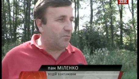 На Західній Україні через спеку обмежено рух важкого транспорту