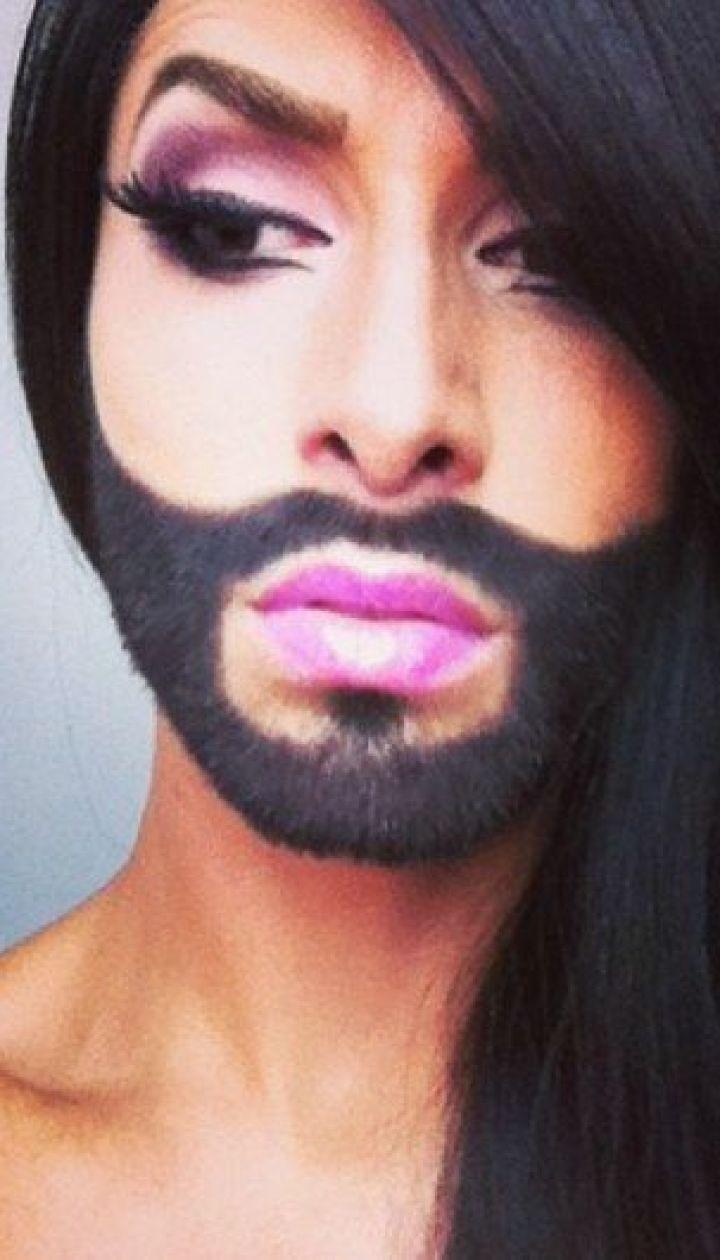russkogo-seksualniy-transvestit-s-korotkoy-strizhkoy-izmena-kukold-video