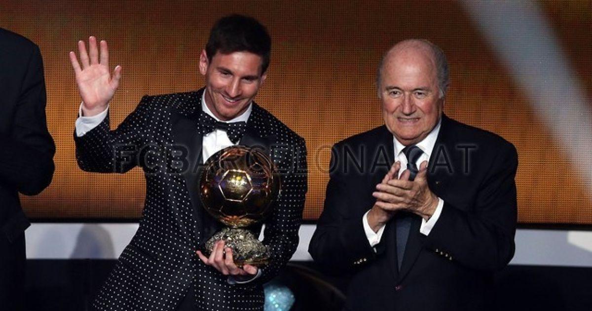 """Мессі отримав четвертий """"Золотий м'яч"""" @ fcbarcelona.cat"""
