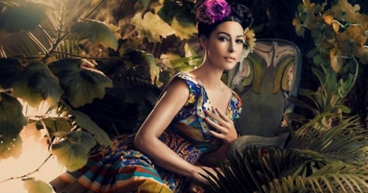 """Белуччі """"перетворилася"""" на українку в журналі @ Harper's Bazaar"""