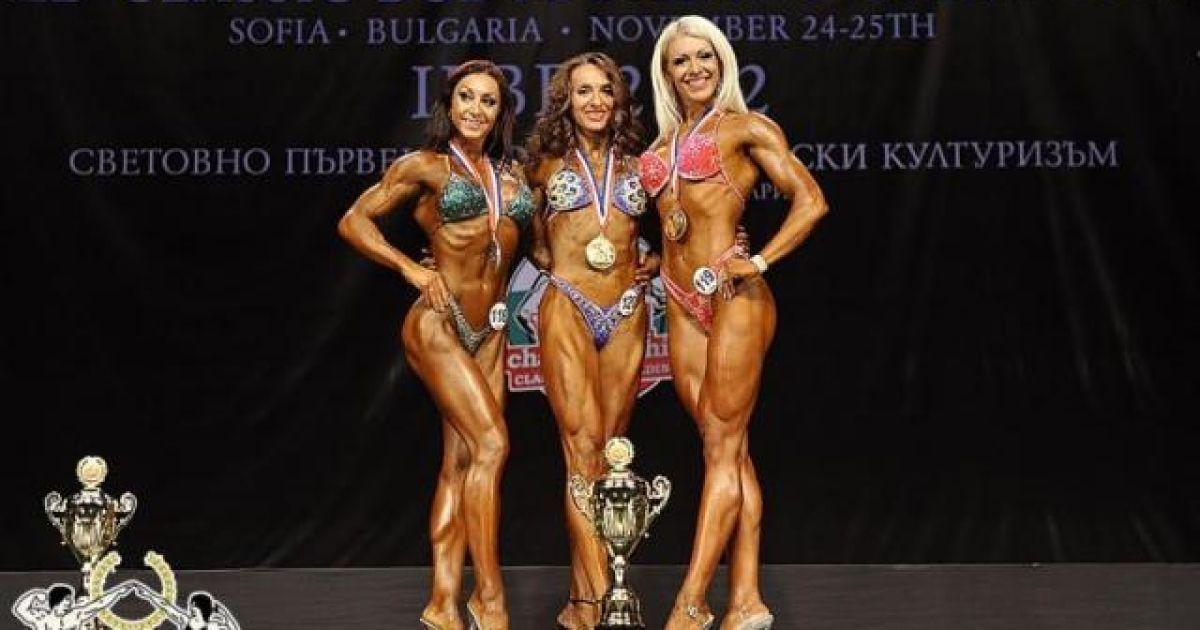 Татьяна Михейчик (по центру) и Ольга Караваева (справа) @ youtube.com/user/sevdegrad